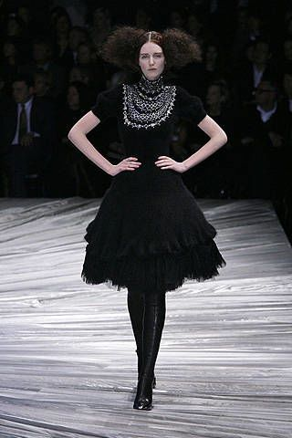 Alexander Mcqueen Fall 2008 Ready-to-wear Collections - 003