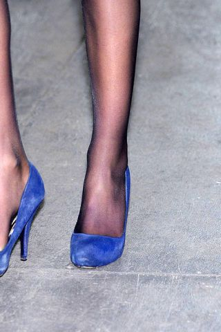 Blue, Leg, Human leg, Joint, Toe, Electric blue, Foot, Azure, Grey, Cobalt blue,