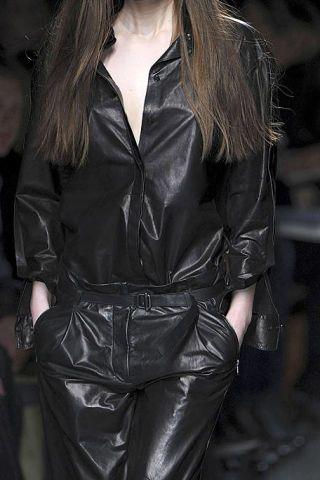 Clothing, Sleeve, Textile, Collar, Joint, Style, Leather, Fashion, Fashion model, Street fashion,