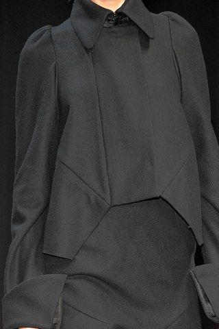 Clothing, Collar, Sleeve, Textile, Fashion, Grey, Button, Fashion design, Overcoat, Pocket,