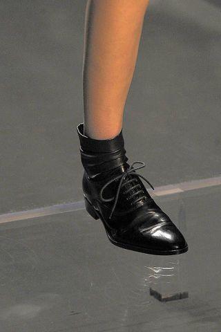 Human leg, Style, Fashion, Black, Grey, Leather, Silver, Dress shoe, Boot,