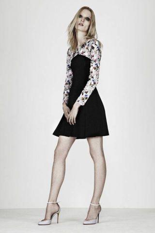 Clothing, Footwear, Sleeve, Human leg, Shoe, Shoulder, Collar, Photograph, Joint, Standing,