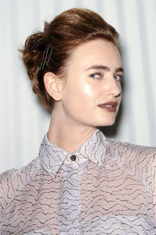 Ear, Lip, Hairstyle, Chin, Forehead, Shoulder, Eyebrow, Style, Eyelash, Collar,