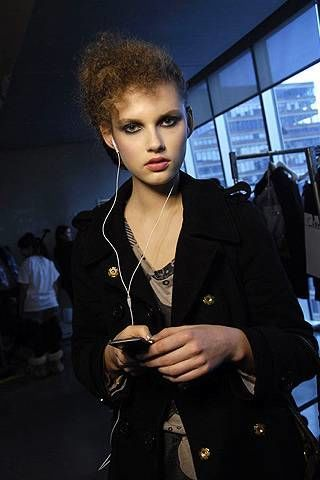 Kai Kuhne Fall 2008 Ready-to-wear Backstage - 002