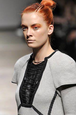 Louise Goldin Fall 2008 Ready-to-wear Detail - 002