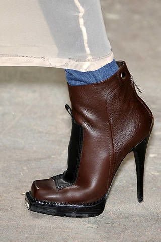 Marios Schwab Fall 2008 Ready&#45&#x3B;to&#45&#x3B;wear Detail &#45&#x3B; 002