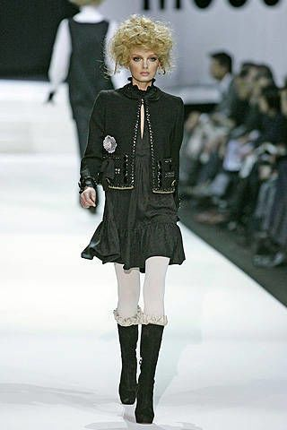 Moschino Fall 2008 Ready-to-wear Collections - 003