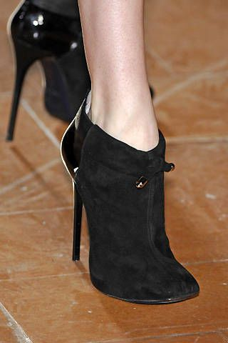6267 Fall 2008 Ready-to-wear Detail - 002