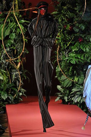 Vivienne Westwood Fall 2008 Ready-to-wear Collections - 002