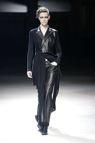 Yohji Yamamoto Fall 2008 Ready-to-wear Collections - 002