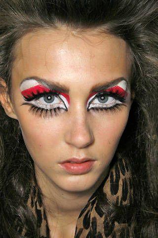 Christian Dior Fall 2008 Ready&#45&#x3B;to&#45&#x3B;wear Backstage &#45&#x3B; 002