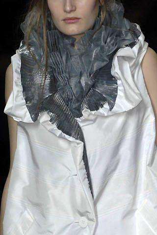 Issey Miyake Fall 2008 Ready&#45&#x3B;to&#45&#x3B;wear Detail &#45&#x3B; 002