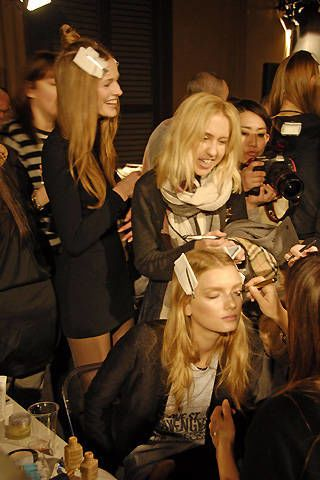 Burberry Prorsum Fall 2008 Ready-to-wear Backstage - 002