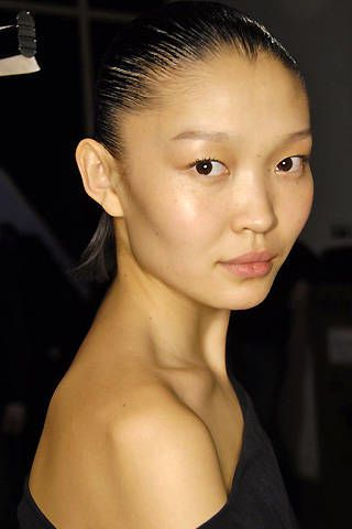 Hussein Chalayan Fall 2008 Ready-to-wear Backstage - 003