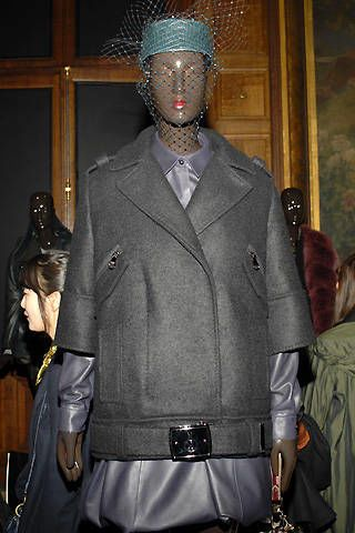 Loewe Fall 2008 Ready&#45&#x3B;to&#45&#x3B;wear Detail &#45&#x3B; 002