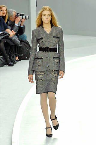 Chanel Fall 2008 Ready&#45&#x3B;to&#45&#x3B;wear Collections &#45&#x3B; 002