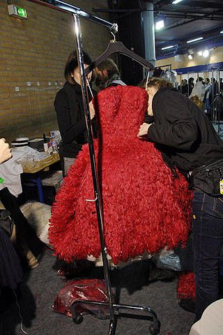Alexander McQueen Fall 2008 Ready-to-wear Backstage - 002