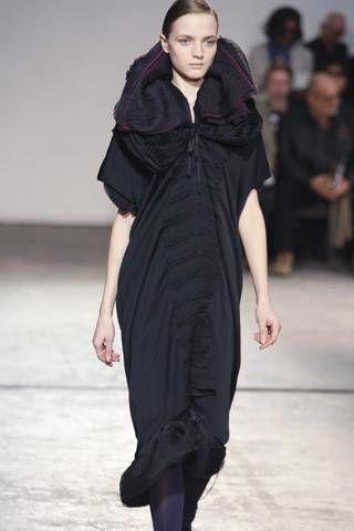 Sharon Wauchob Fall 2008 Ready&#45&#x3B;to&#45&#x3B;wear Collections &#45&#x3B; 003