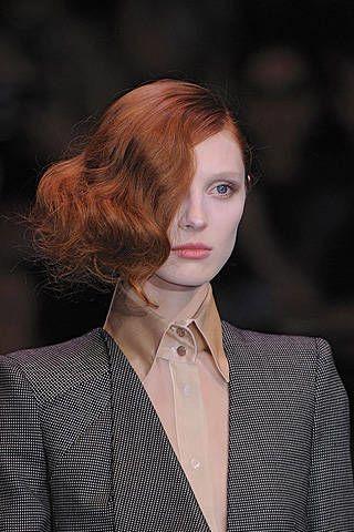 Giorgio Armani PrivÃ{{{copy}}} Fall 2008 Haute Couture Detail - 002