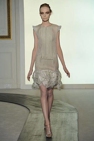 Valentino Fall 2008 Haute Couture Collections - 002