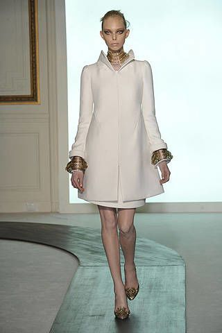 Valentino Fall 2008 Haute Couture Collections - 003