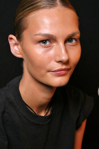 Rubin Singer Spring 2009 Ready-to-wear Backstage - 003