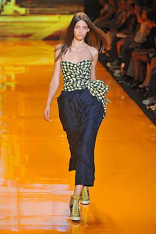 DKNY Spring 2009 Ready-to-wear Collections - 002