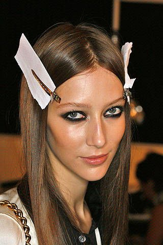 Matthew Williamson Spring 2009 Ready-to-wear Backstage - 002