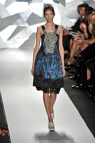 Vera Wang Spring 2009 Ready-to-wear Collections - 002