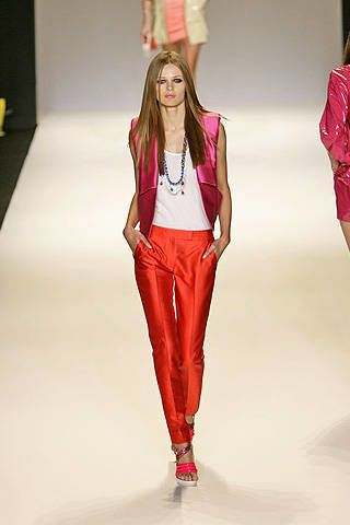 Matthew Williamson Spring 2009 Ready-to-wear Collections - 003