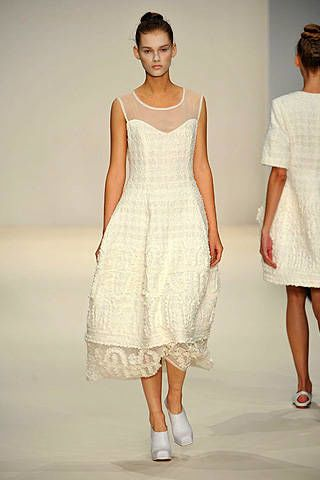 John Rocha Spring 2009 Ready-to-wear Collections - 003