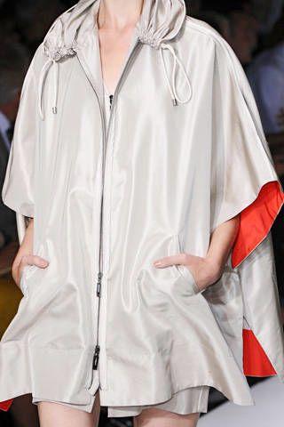Amanda Wakeley Spring 2009 Ready-to-wear Detail - 002