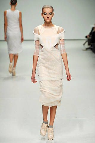 Louise Goldin Spring 2009 Ready-to-wear Collections - 003