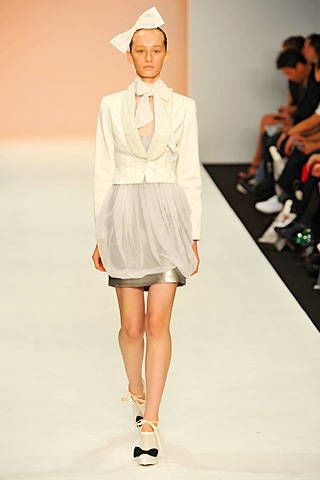 Bora Aksu Spring 2009 Ready-to-wear Collections - 003