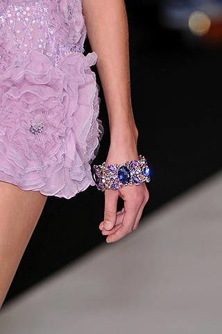 Jenny Packham Spring 2009 Ready-to-wear Detail - 003