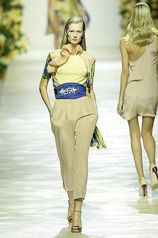 Blumarine Spring 2009 Ready-to-wear Collections - 003
