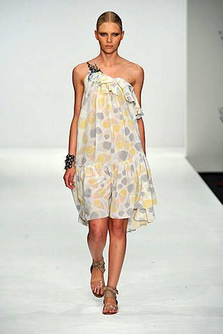 Issa Spring 2009 Ready&#45&#x3B;to&#45&#x3B;wear Collections &#45&#x3B; 003