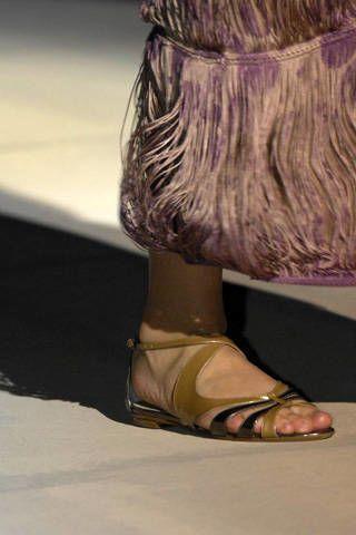 Alberta Ferretti Spring 2009 Ready&#45&#x3B;to&#45&#x3B;wear Detail &#45&#x3B; 002