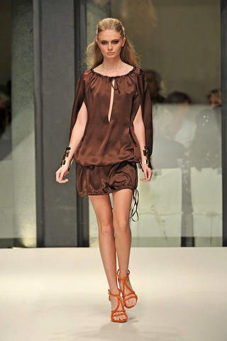 Krizia Spring 2009 Ready-to-wear Collections - 003