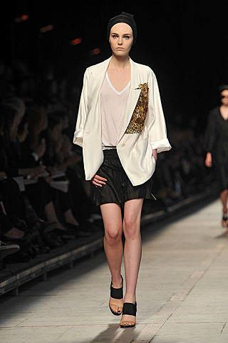 Dries Van Noten Spring 2009 Ready-to-wear Collections - 002