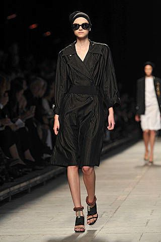 Dries Van Noten Spring 2009 Ready-to-wear Collections - 003