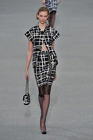 Chanel Spring 2009 Ready&#45&#x3B;to&#45&#x3B;wear Collections &#45&#x3B; 002