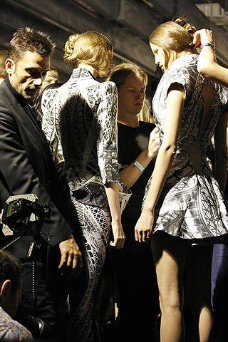 Alexander McQueen Spring 2009 Ready-to-wear Backstage - 002