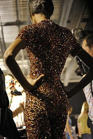 Alexander McQueen Spring 2009 Ready-to-wear Backstage - 003