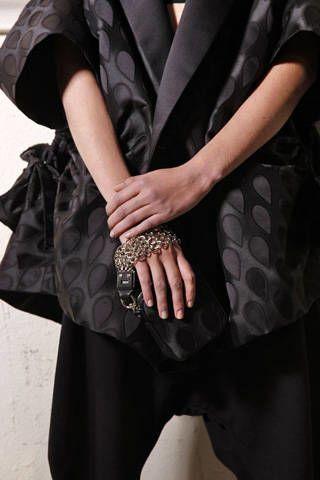 Yves Saint Laurent Spring 2009 Ready&#45&#x3B;to&#45&#x3B;wear Backstage &#45&#x3B; 002
