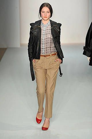 Brown, Sleeve, Shoulder, Textile, Joint, Outerwear, Collar, Jacket, Style, Fashion,