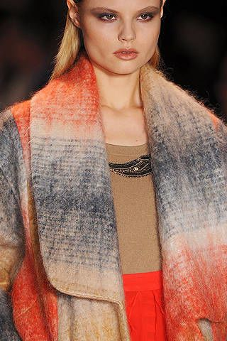 Lip, Hairstyle, Eyebrow, Fashion model, Style, Eyelash, Orange, Fashion, Long hair, Street fashion,