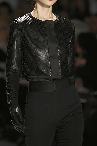 Sleeve, Textile, Joint, Style, Collar, Waist, Fashion, Neck, Black, Fashion model,