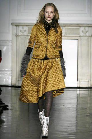 Clothing, Sleeve, Shoulder, Fashion show, Joint, Style, Runway, Fashion model, Floor, Street fashion,