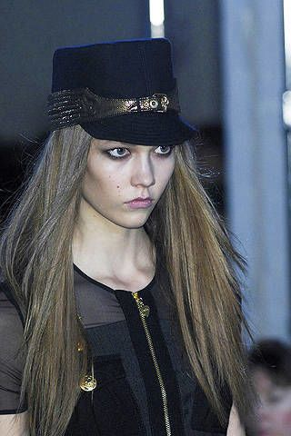 Clothing, Nose, Lip, Hairstyle, Hat, Style, Collar, Headgear, Fashion accessory, Street fashion,